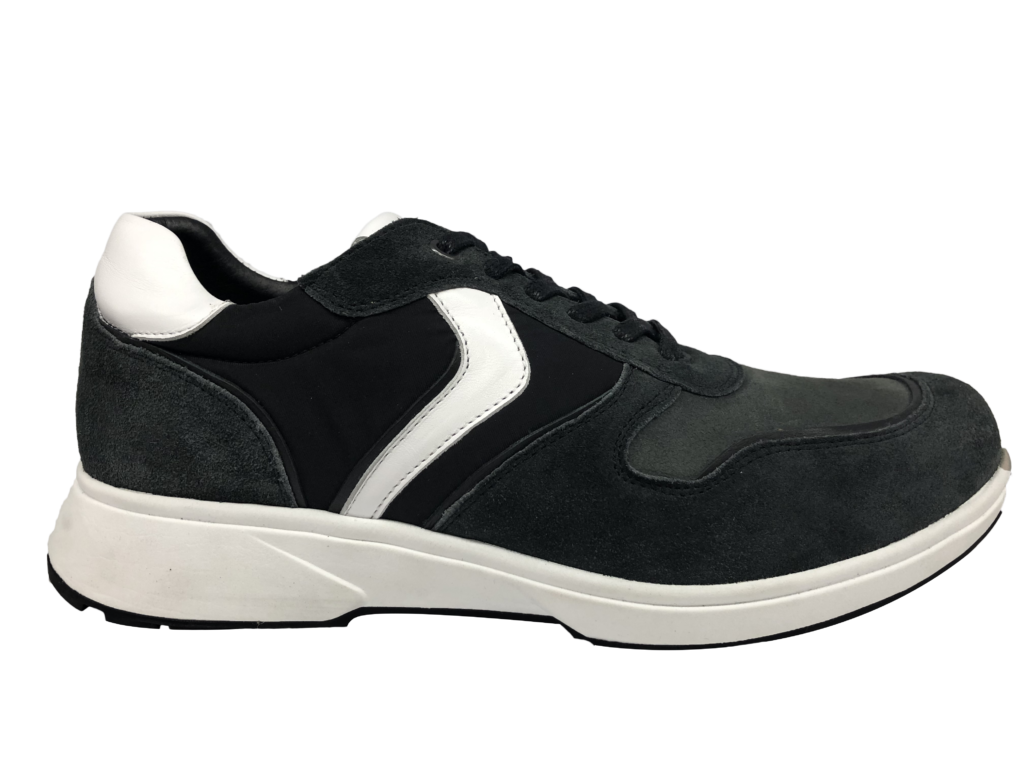 zwarte sneaker xsensible